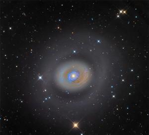 کهکشان انفجار ستاره ای M94