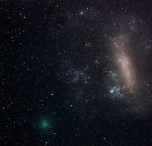 دنباله داری نزدیک و ابر ماژلانی بزرگ