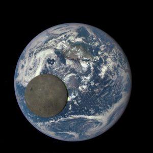 دانستنی های جالب در مورد ماه