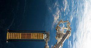 رهاسازی آرایه خورشیدی آزمایشیِ ایستگاه فضایی بینالمللی در فضا