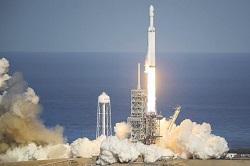جزئیاتی از پرتابگر فضایی «فالکون هِوی» و پرتاب موفقیتآمیز اخیرش